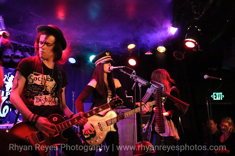 Bands_At_The_Viper_Room_0409_RR