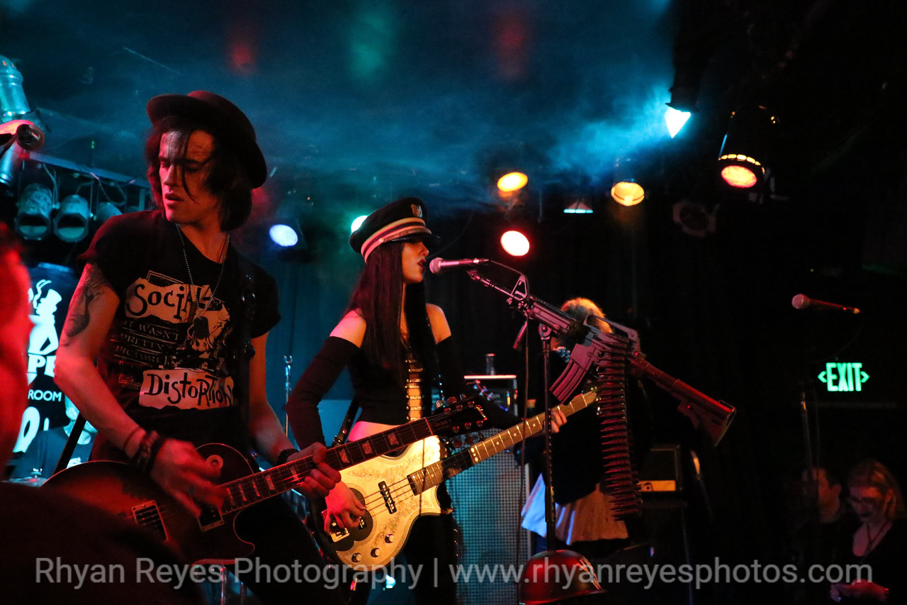 Bands_At_The_Viper_Room_0410_RR