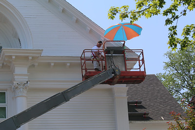 WP_BH_town_hall_work_umbrella_080119_AB