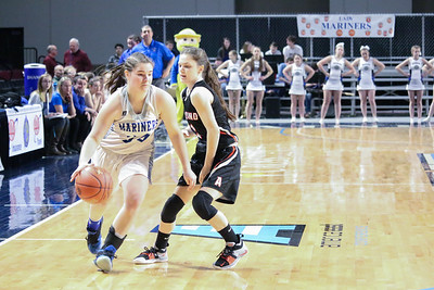 Sports_DISHS_girls_bball_QF_Kaylee_Morey_022119_ML