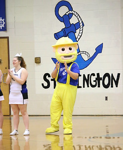 Sports_gsa_v_dis_girls_mascot_020719_AB