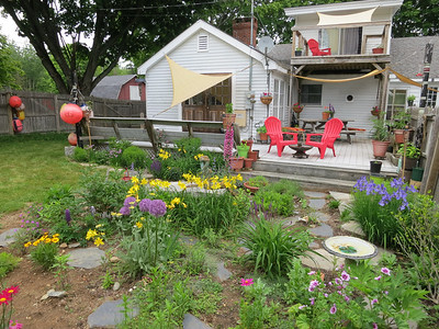 IA_Island_Garden_Tour_KA_Backyard_070419_MR