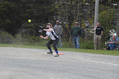 Sports_DISHS_softball_Kaley_Eaton_060619_JS