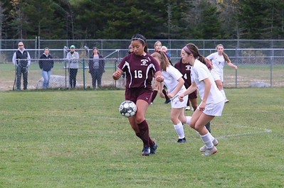 Sports_GSA_girls_soccer_Ellis_Murnik_102419_ML
