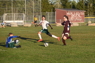 Sports_GSA_boys_soccer_Lars_Hooper_100319_FB