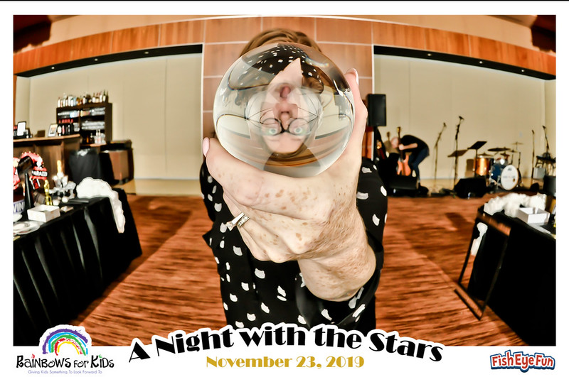 A Night with the Stars -  Fish Eye Fun Photos! #FishEyeFun #Rainbows4Kids