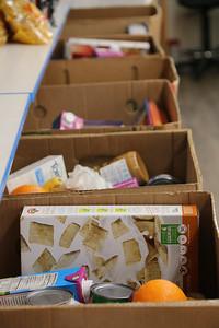 AP_food_pantries_boxes_040920_AB