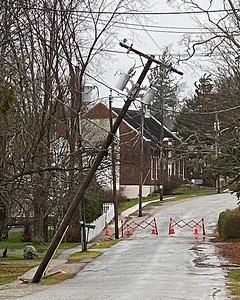 CP_storm_photos_power_pole_120320_RW