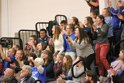 Sports_GSA_DISHS_boys_bball_Mariner_crowd_020620_ML