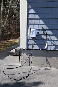 AP_charging_stations_2_050720_EF