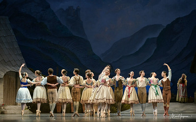 Anna Ol, Young Gyu Choi and artists of Het Nationale Ballet