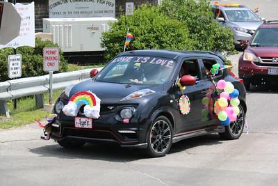 IA_Gay_Pride_Car_070121_LL