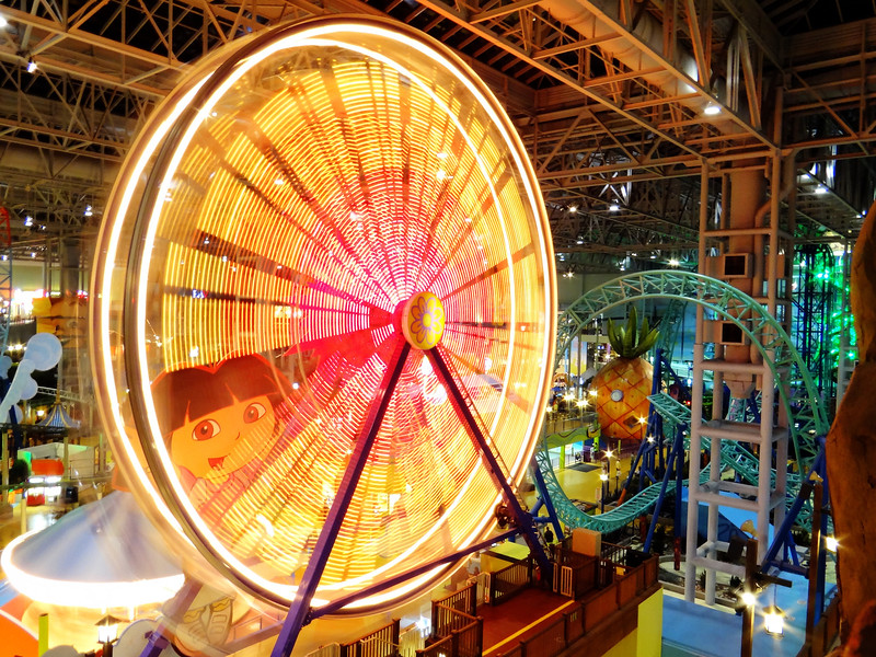 Ferris Wheel-Mall of America