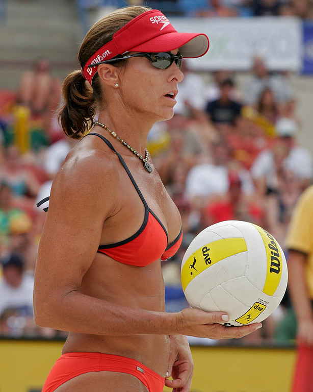 Holly McPeak ready to serve at AVP beach volleyball event