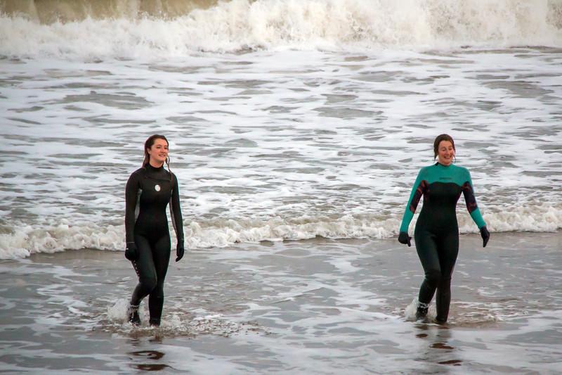 Two girls swiming 5.jpg