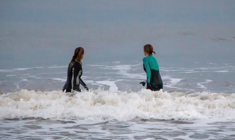 Two girls swiming 4.jpg