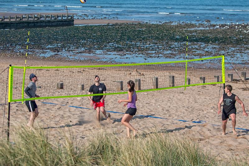 Voly Ball Aberdeen Beach 2.jpg