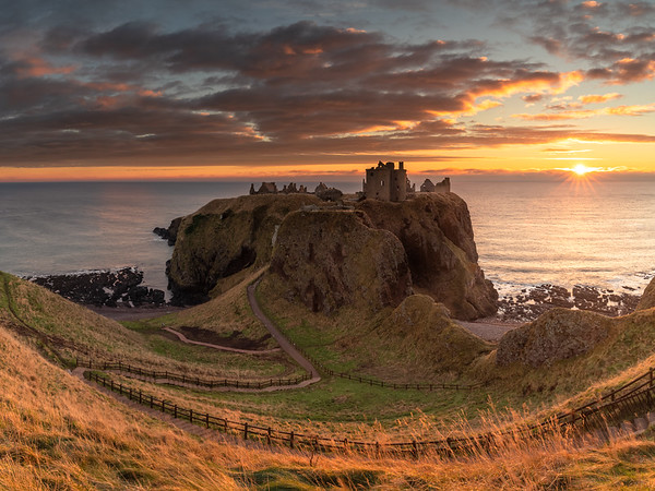Sunrise at Dunnottar Castle