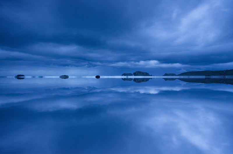 Bandon Beach sky with mirror effect