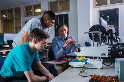 Students take advantage of the facilities in UAF's Community and Technical College's 3-D print lab in downtown Fairbanks.  Filename: AAR-16-4857-135.jpg