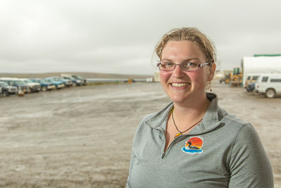 Molly Timm is a field operations assistant at UAF's Institute of Arctic Biology's Toolik Field Station on Alaska's North Slope.  Filename: AAR-14-4216-118.jpg