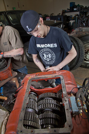 Jordan Young works on a project in the diesel mechanics lab at the Hutchison Institute of Technology.  Filename: AAR-12-3312-115.jpg