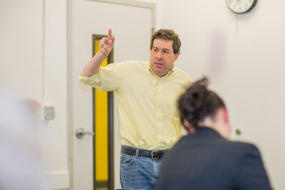Guest lecturer Willy Stern makes a point in his lecture during the 2013 Wintermester investigative reporting class in the Gruening Building.  Filename: AAR-13-3693-38.jpg