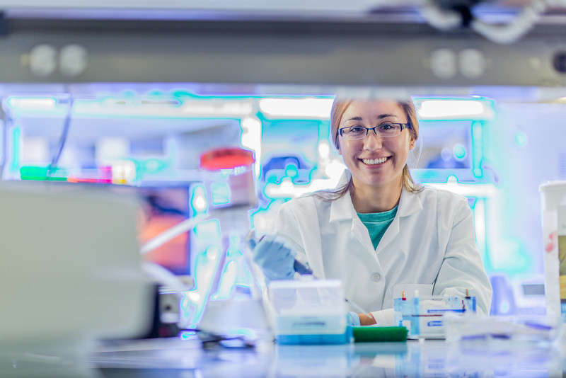 """Senior engineering major Shanann Hoyos performs gel electrophoresis to check results from a polymerase chain reaction assay in the Murie Building virology lab.  <div class=""""ss-paypal-button"""">Filename: AAR-13-3989-152.jpg</div><div class=""""ss-paypal-button-end"""" style=""""""""></div>"""