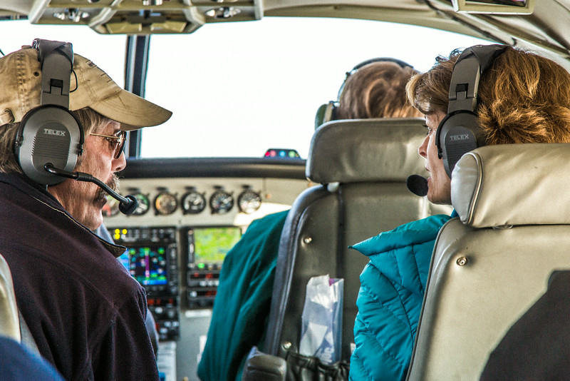 "On the way for a brief visit to UAF's Toolik Field Station on Alaska's North Slope, Prof. Roger Ruess with the Institute of Arctic Biology had the opportunity to visit with U.S. Senator Lisa Murkowski who was visiting the arctic research station for the first time in Sept. 2013.  <div class=""ss-paypal-button"">Filename: AAR-13-3929-54.jpg</div><div class=""ss-paypal-button-end""></div>"