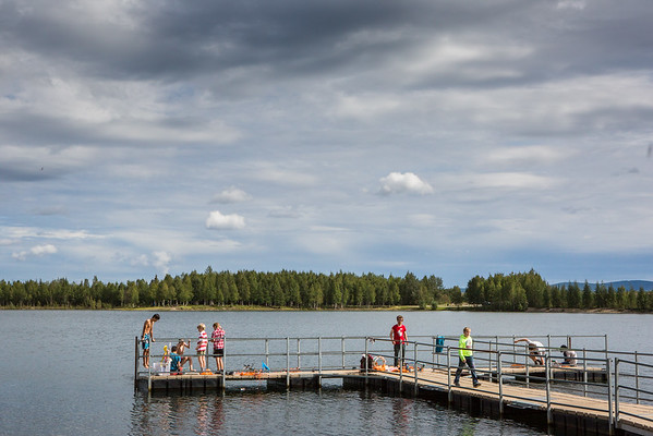 """Alaska Summer Research Academy participants test their remotely operated underwater vehicles at the Chena Lake Recreation Area on Thursday, July 28.  <div class=""""ss-paypal-button"""">Filename: AAR-16-4943-16.jpg</div><div class=""""ss-paypal-button-end""""></div>"""