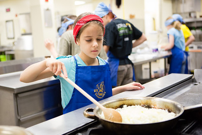 Café Tween students receive hands on training in the culinary arts as they prepare Indian style cuisine at the Community and Technical College's kitchen.  Filename: AAR-12-3434-60.jpg
