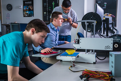 Students take advantage of the facilities in UAF's Community and Technical College's 3-D print lab in downtown Fairbanks.  Filename: AAR-16-4857-134.jpg