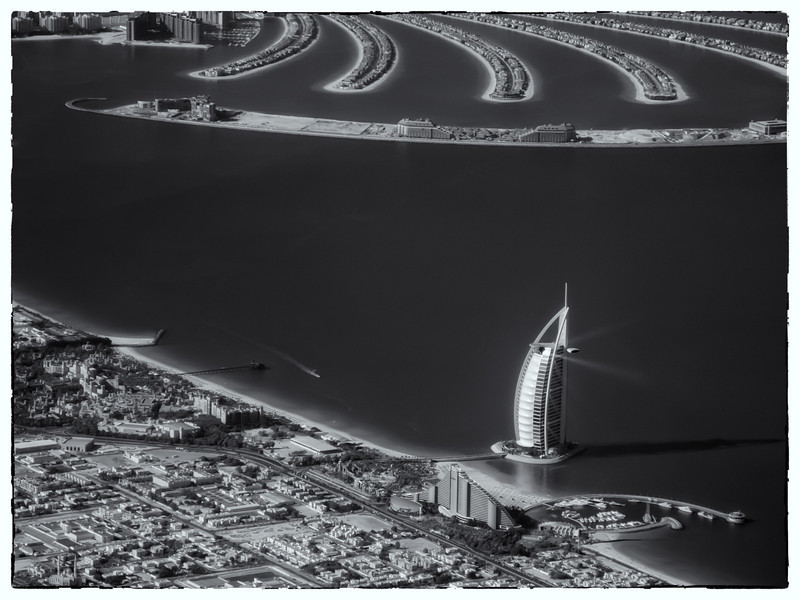 2011 Pic(k) of the week 51: Dubai Lighthouse