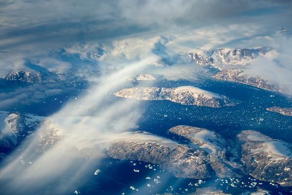 Sunny spells over Greenland