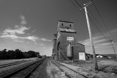 peavey_grain_elevator_valley_city