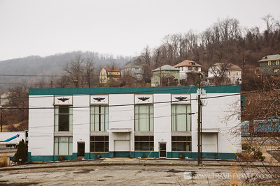 steel_weirton_wv_valley_houses_office_building_eagles_4369