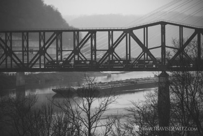 ns_steubenville_oh_steel_railroad_bridge_coal_barge