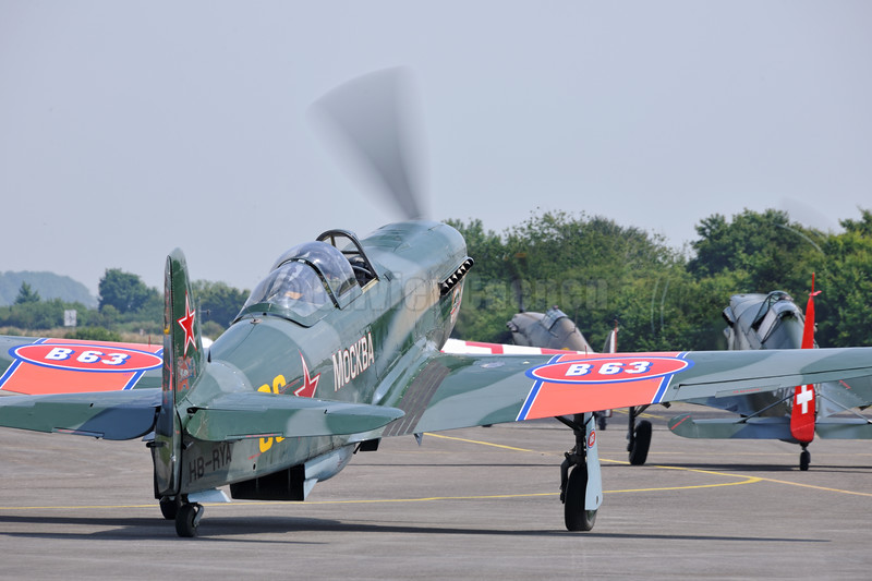 Yakolew Yak-9UM HB-RYA Mockba