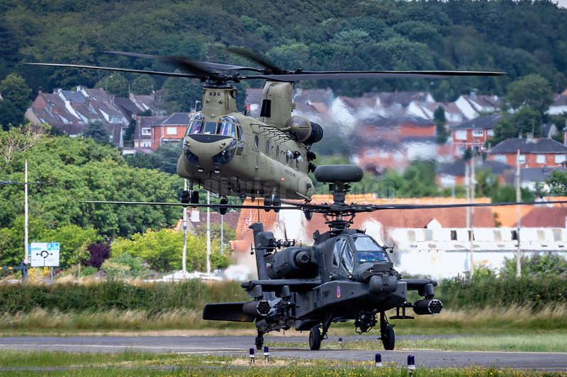 US Army Boeing Chinook and Apache © 2018 Olivier Caenen, tous droits reserves