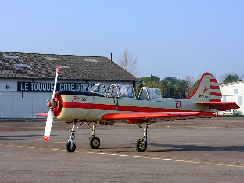 Yak 52 G-CBSL 67 © 2018 Olivier Caenen, tous droits reserves