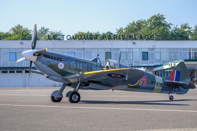 Supermarine Spitfire HF Mk VIIIc   Serial 6S/583793 - D-FEUR (G-BKMI) Maxi Gainza