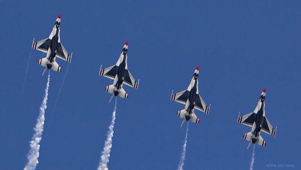 USAF Thunderbirds at the 2019 Rochester Airshow