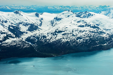 Flightseeing over Prince William Sound with Alpine Air
