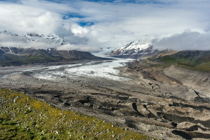 """The Hayes Glacier winds its way north out of the eastern Alaska Range.  <div class=""""ss-paypal-button"""">Filename: AKA-14-4256-024.jpg</div><div class=""""ss-paypal-button-end""""></div>"""