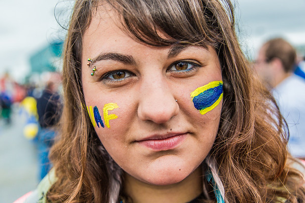 """More than 200 UAF students, staff, faculty and administrators turned out to participate in the 2013 Golden Days parade through downtown Fairbanks.  <div class=""""ss-paypal-button"""">Filename: AKA-13-3886-16.jpg</div><div class=""""ss-paypal-button-end"""" style=""""""""></div>"""