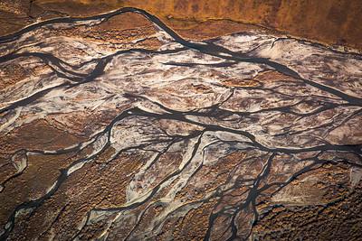 Threaded, multi-channeled rivers are common in northern Alaska.  Filename: AKA-13-3929-149.jpg