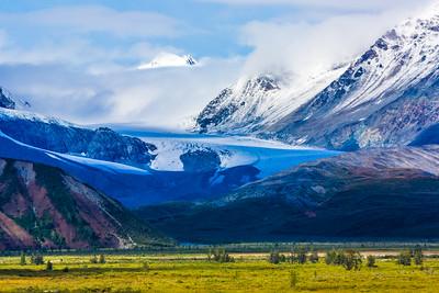 The Gulkana Glacier winds its way down from high in the eastern Alaska Range.  Filename: AKA-15-4601-217.jpg