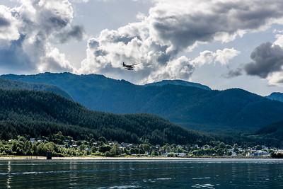 Landing Float Plane