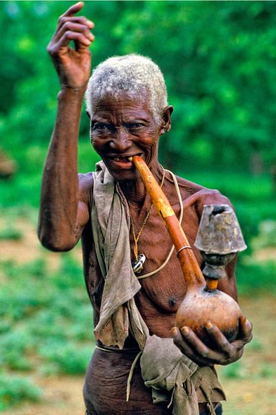 OLD TONKA WOMAN AND PIPE, ZIMBABWE