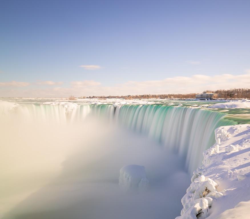 Horseshoe Falls in the Winter